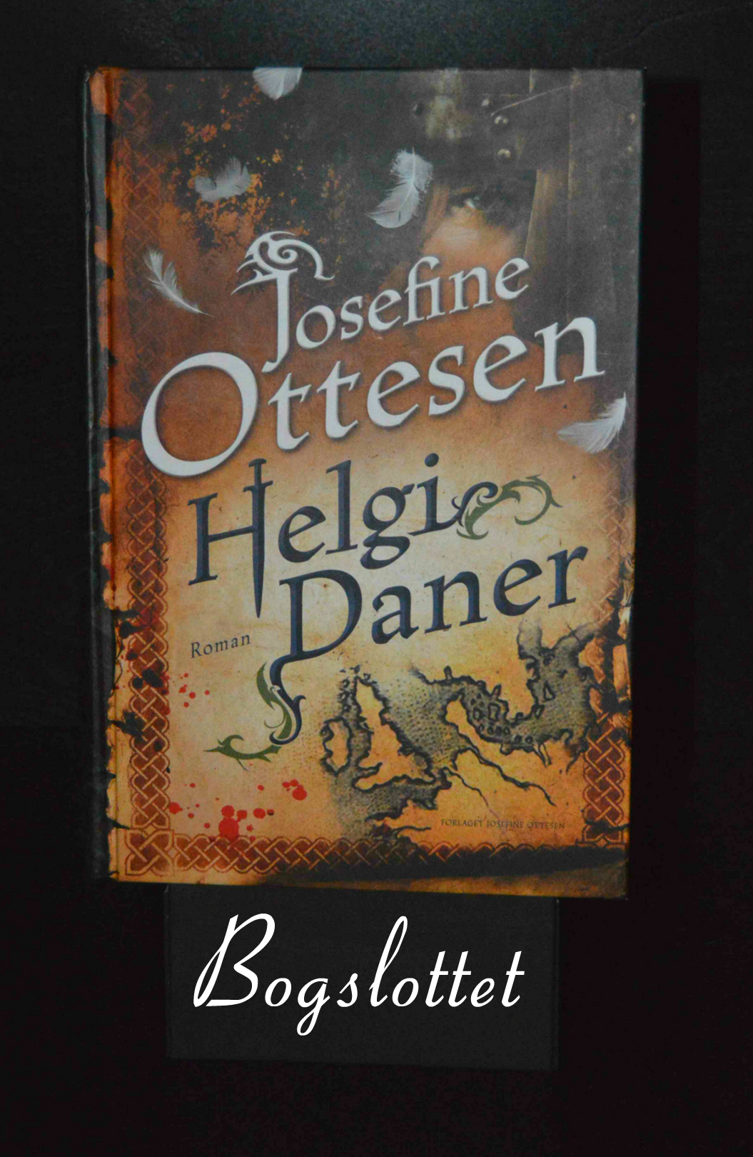 Helgi Daner af Josefine Ottesen
