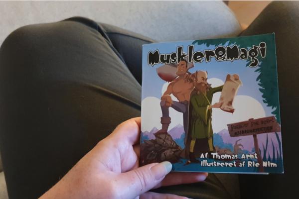 Muskler og Magi af Thomas Arnt